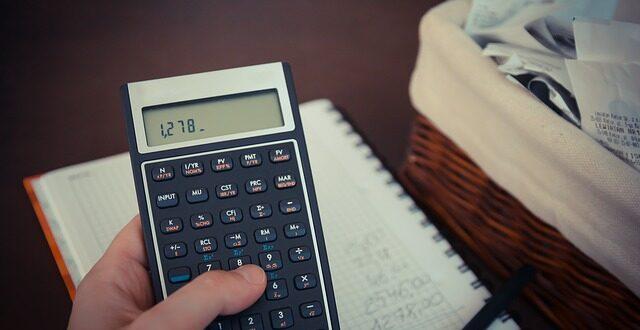 Πώς θα γίνεται η παρακράτηση των επιδοτήσεων για οφειλές στην εφορία