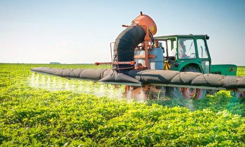 Κατακόρυφη μείωση στις πωλήσεις φυτοφαρμάκων στην Ελλάδα