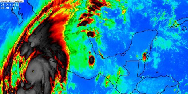 Μεξικό: Πλησιάζει ένας από τους μεγαλύτερους κυκλώνες που έχουν καταγραφεί ποτέ